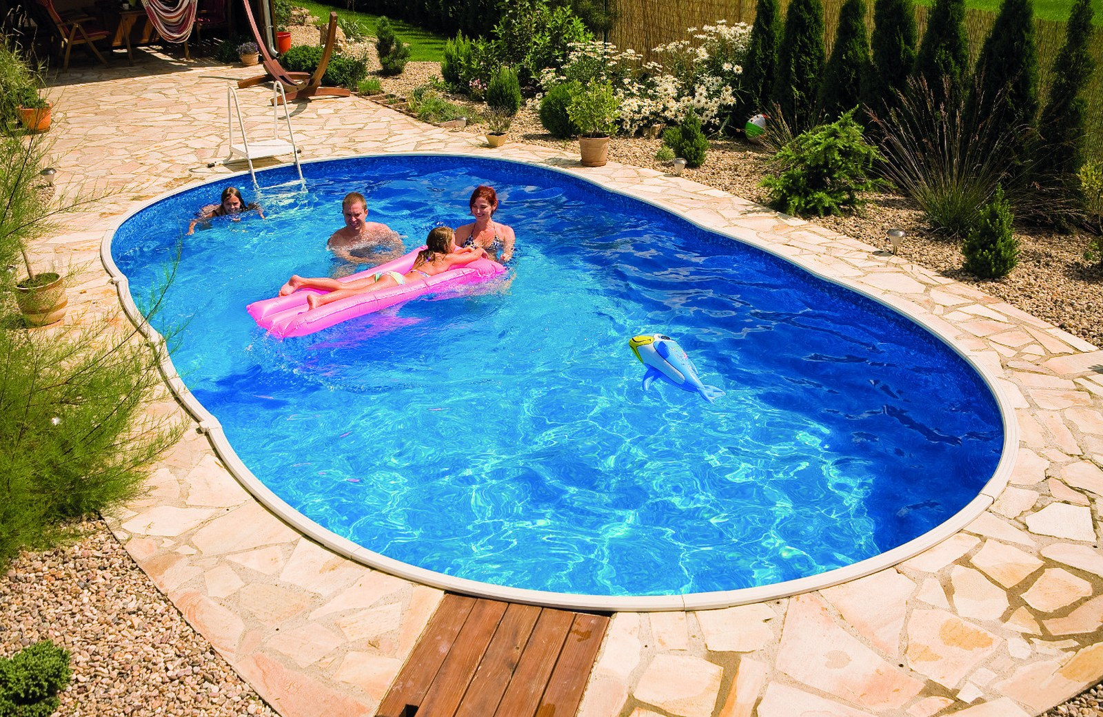 Mountfield azuro ovale piscine autoportante et enterre for Piscina autoportante