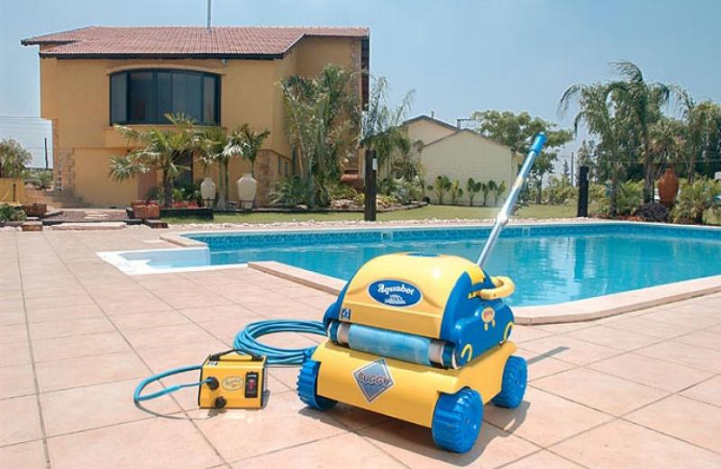 Aquabot bravo robot de piscine aquabot for Ozonateur piscine