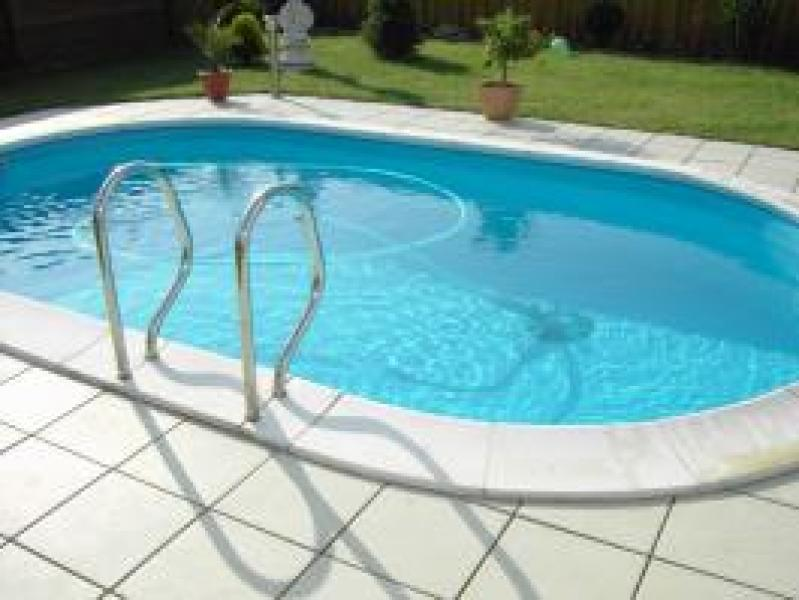 Echelle deux parties en inox astral pool for Echelle piscine
