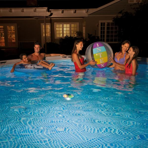 Intex clairage led flottante intex 28690 for Ozonateur piscine