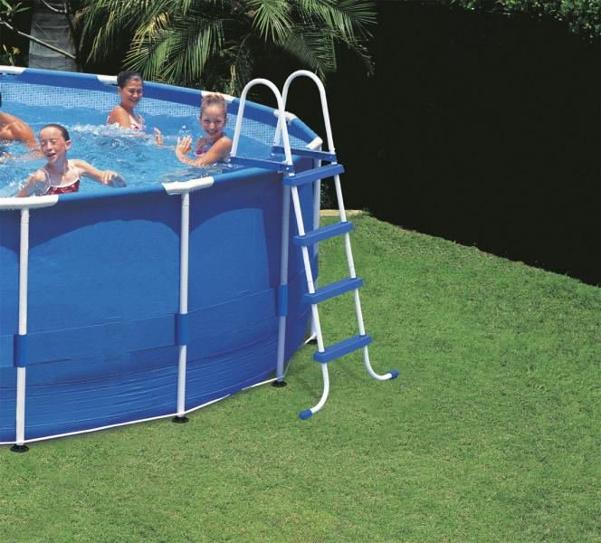 Piscine autoportee intex for Piscine bas prix
